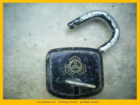 Kunci dan Gembok